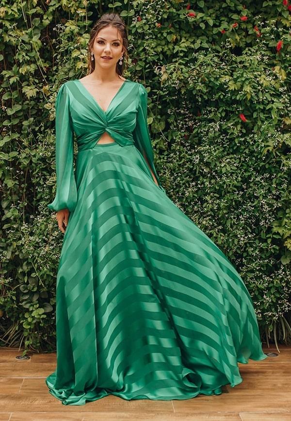 vestido longo verde com manga longa para madrinha de casamento