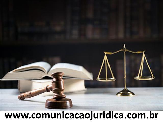 Zeladora consegue invalidar pedido de demissão sem assistência do sindicato