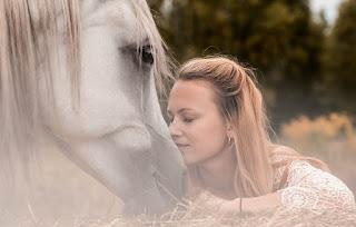 İşte Hayvan Sevgisi ve Fotoğrafları ile ilgili aramalar hayvan sevgisi ile ilgili çizimler  hayvan sevgisi kompozisyon  hayvan sevgisi anlamı  hayvan sevgisi ile ilgili yazı  çocuğun hayvan sevgisi ile ilgili sözler  hayvan sevgisi boyama  hayvan sevgisi hadis  hayvan sevgisi şiir