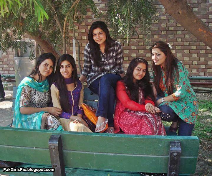 Indian Aunties Beautiful