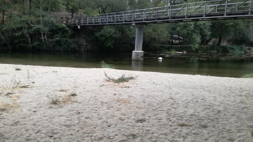 Areal Praia Fluvial do Ourondo