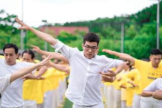 """Exercises like this yoga practice qigong are considered a way for Falun Gong practitioners to """"cultivate"""" themselves. (Image by Vô Vi from Pixabay via Courthouse News)"""