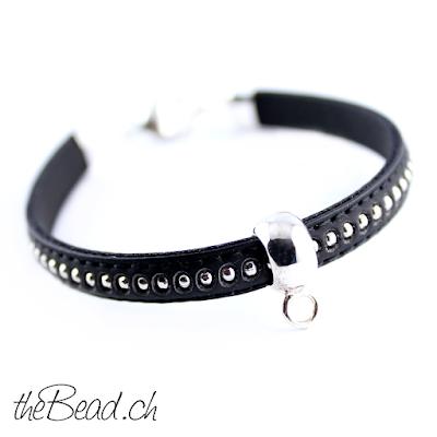 schwarzes armband für damen und mädchen als schöne Geschenkidee online bestellen für anhänger und charms aus silber