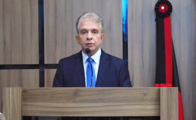 Nabor Wanderley toma posse como prefeito de Patos