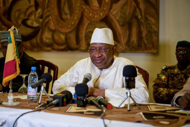 L'ex primo ministro del Mali Boubeye Maiga arrestato per corruzione
