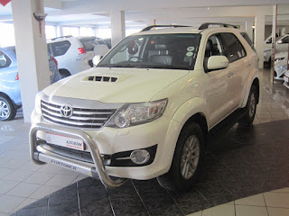 GumTree OLX Used cars for sale in Cape Town Cars & Bakkies in Cape Town - 2014 TOYOTA FORTUNER 3.0 DIESEL 4X4 MANUAL 5 SPEED (DIESEL/MANUAL/SUV/WHITE)