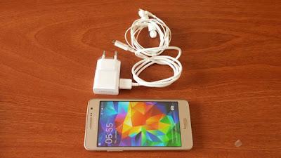 Cửa hàng điện thoại online giá rẻ với iphone  htc  sam sung  sony  tai nghe chính ... ****