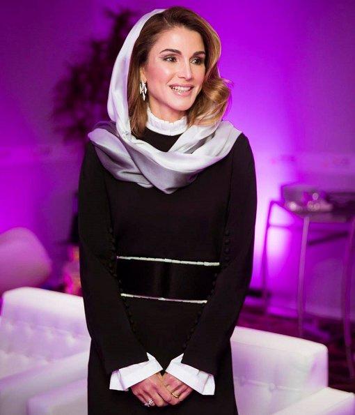 Crown Prince Salman of Saudi Arabia at Hotel at Kingdom Tower in Riyadh. Queen Rania of Jordan style, fashions
