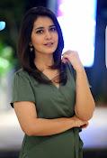 rashi khanna new glam pics-thumbnail-3