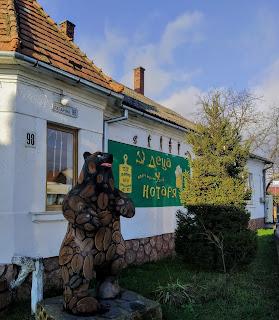 Ужгород. Ресторан-музей «Деца у нотаря»