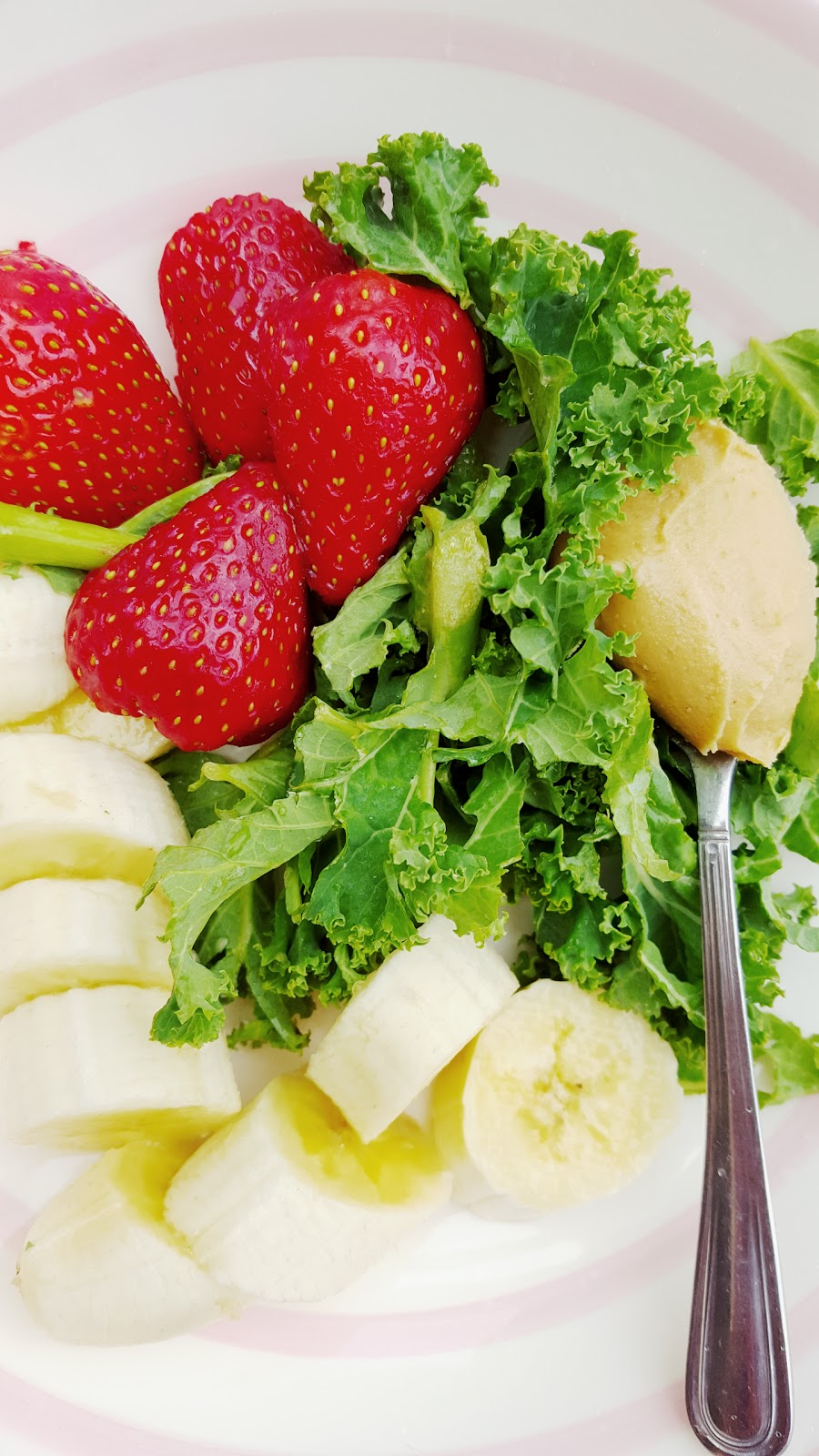 Kale And Fruit Smoothie Recipe To Try Out Today