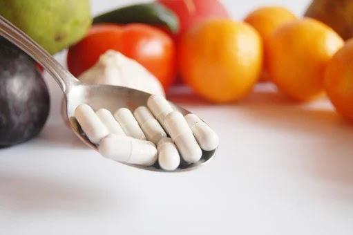 فيتامين د ، أعراض وأسباب نقصانه