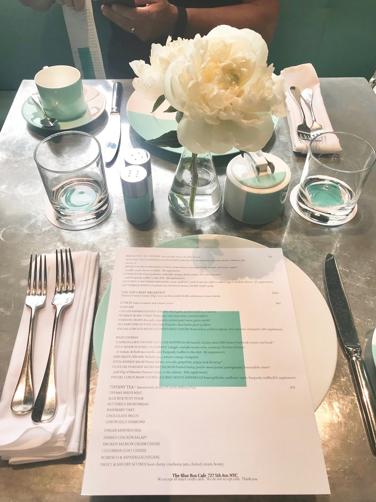 InsideTiffanys \ menu