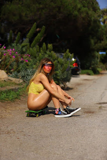 Ana-Braga-wears-a-lace-bodysuit-and-skateboarding-through-the-streets-of-Malibu.-x7dieh95d1.jpg