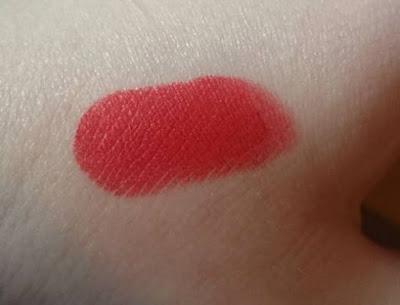 Revlon 006 really red swatch lip stick
