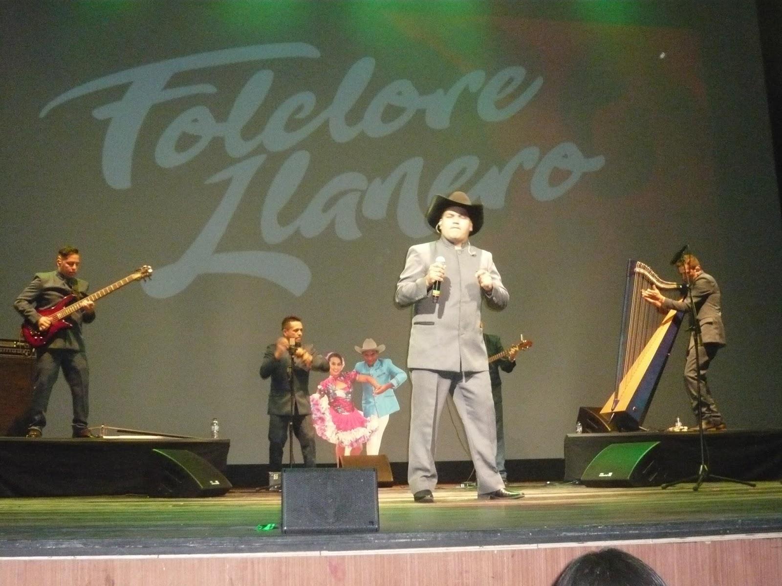 La voz recia de un criollo en el garbo y estilo de Fredy Santiago Pérez 6d23a5526e3
