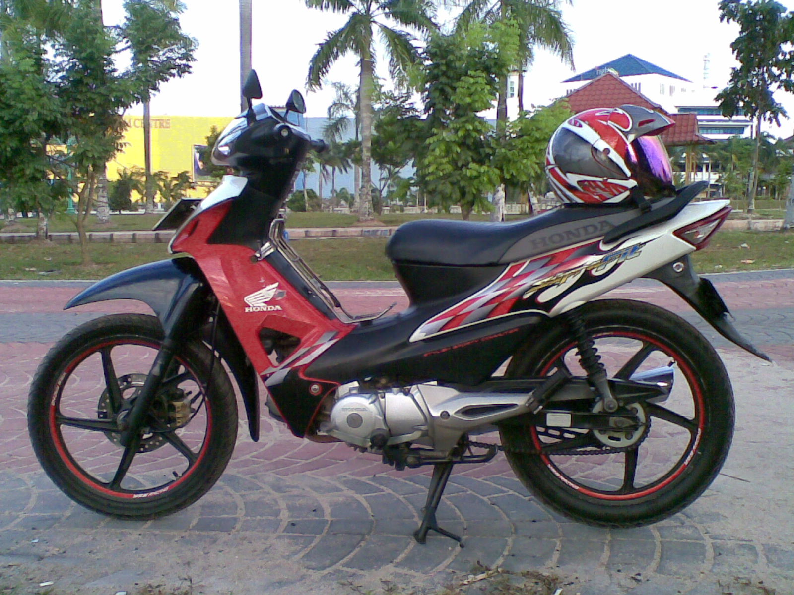 contoh modifikasi motor honda supra fit new