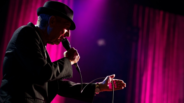 RIP - Leonard Cohen,'Suzanne' and 'First We Take Manhattan'