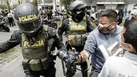 Colegio de Periodistas rechaza violencia contra la prensa en Perú