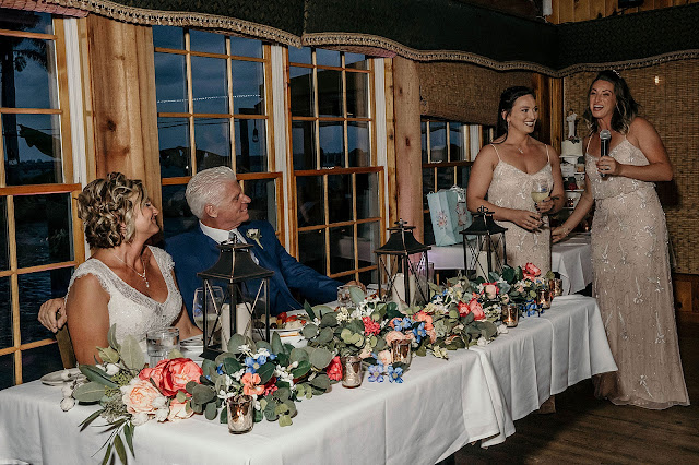 Bridesmaids speech by sweetheart table