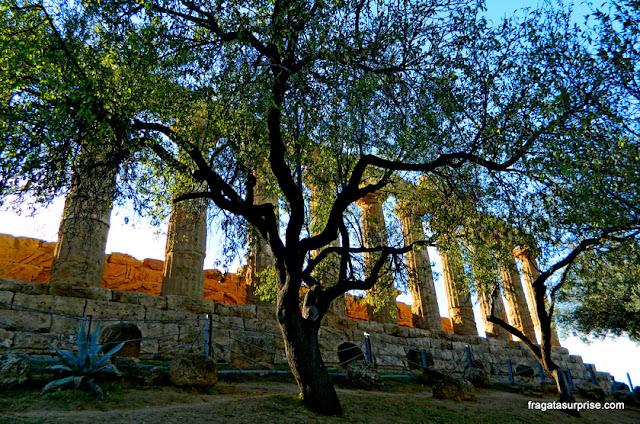 Templo de Juno no Vale dos Templos de Agrigento