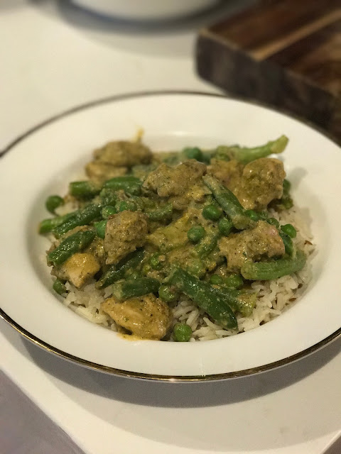 Feastively, chicken korma
