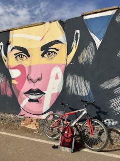 Alagón, bicicleta y cuaderno