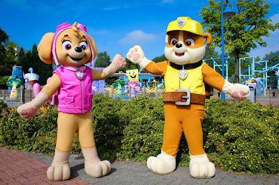 nickalive movie park germany welcomes skye and rubble from 39 paw patrol 39. Black Bedroom Furniture Sets. Home Design Ideas
