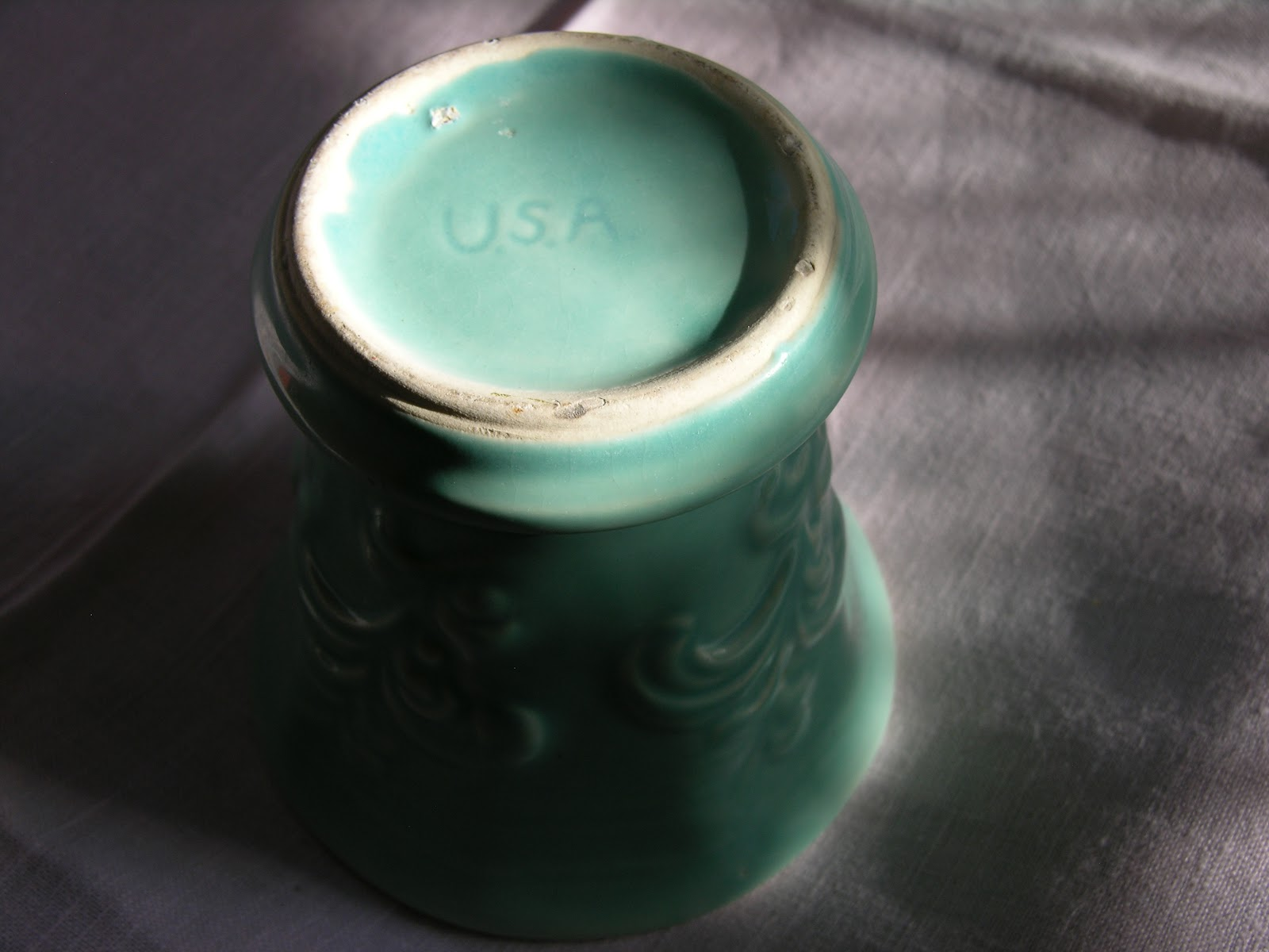 R Pottery Mark Identification