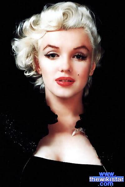 مارلين مونرو (Marilyn Monroe)، ممثلة أمريكية
