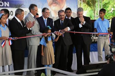 Resultado de imagen para inauguran 2 escuelas en santiago rodriguez