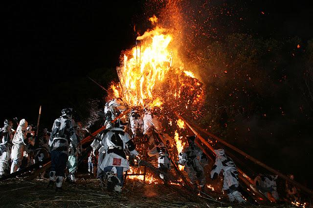 Fire Festival at Toba-Shinmeisha Shrine, Nishio City, Aichi Pref.