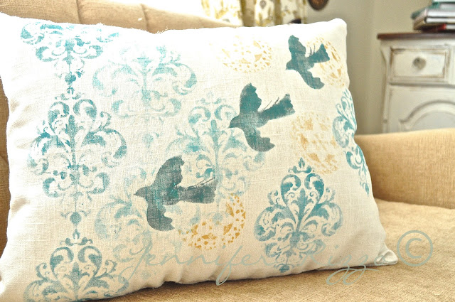 How to stencil on fabric for your own custom pillows