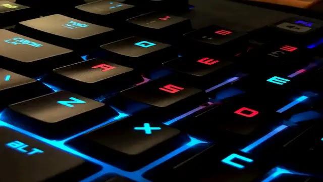 لوحات مفاتيح غايمينغ رائعة بأقل من 100 دولار - Gaming (ألعاب الفيديو)