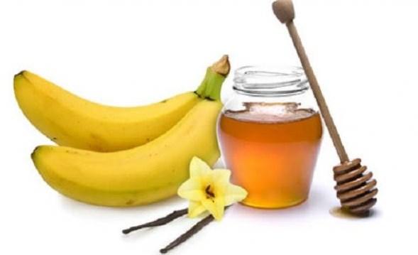 masker wajah alami dengan pisang dan madu