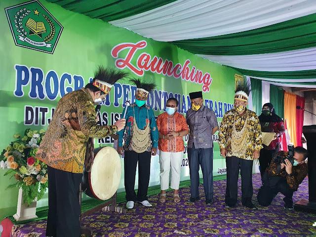 Tim Hadrah Satgas Yonif MR 413 Sambut Kunjungan Wakil Menteri Agama di Jayapura