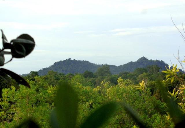 Legenda Bukit Tangkiling dan Batu Banama