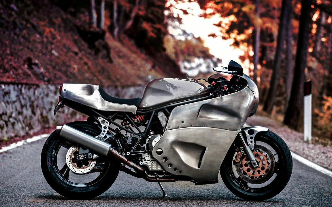 Racing Cafè: Ducati 900 SS by Walt Siegl Motorcycles