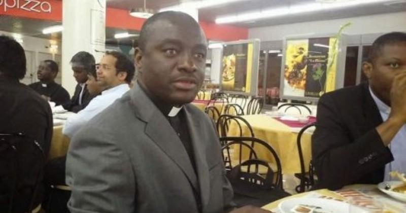 Seorang Pastor Katolik di Kamerun Diculik Kelompok Separatis
