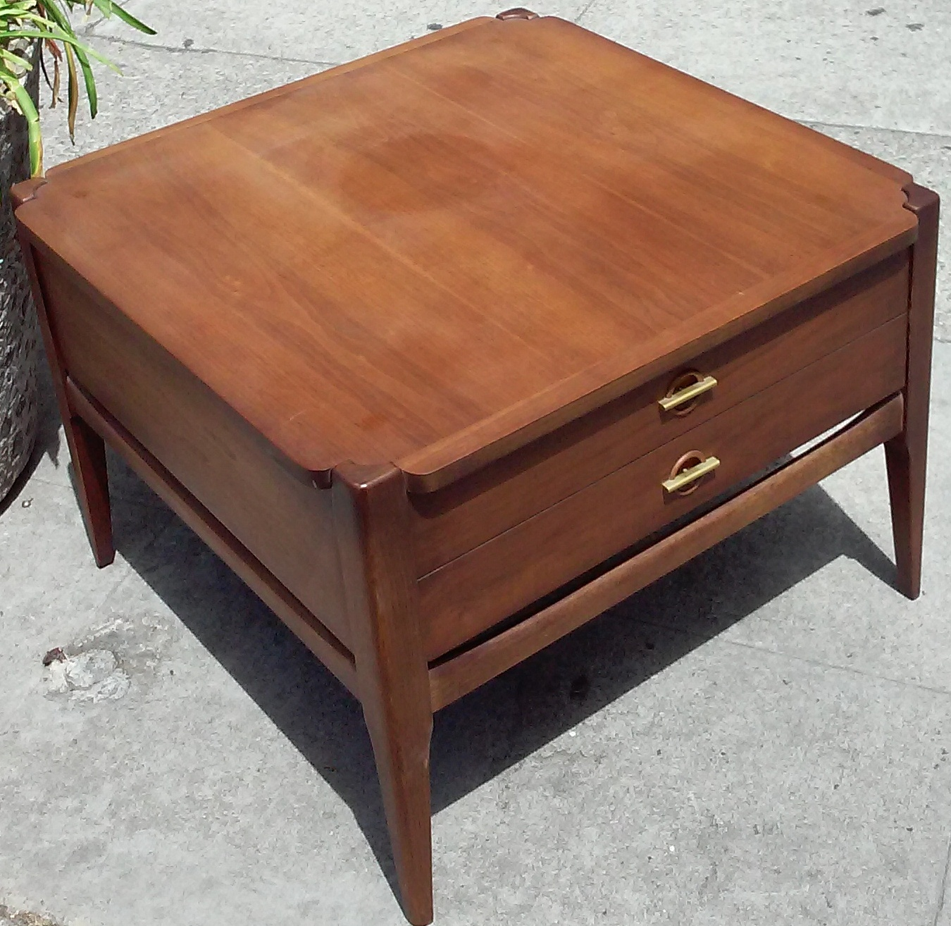 SOLD   Basset Furniture Mid Century Asian End Table   $75