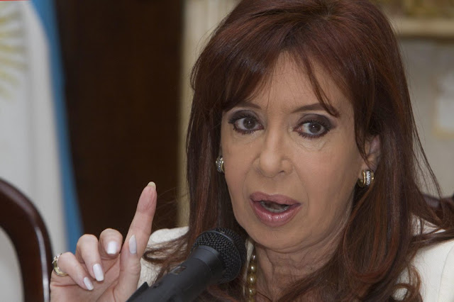 Juez ordena arresto de expresidenta argentina