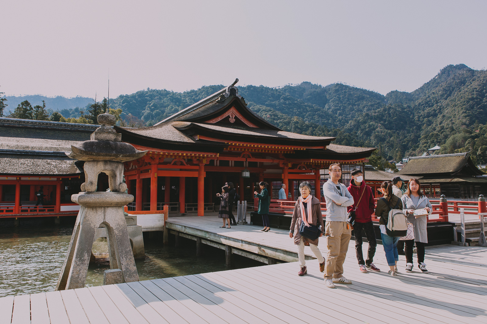 Japan Day Trips: Itsukushima - Island of the Floating Tori // Explore now on www.journographie.com
