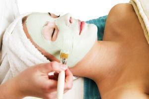 3 Masques maison pour traiter la peau sèche, sensible ou fragile