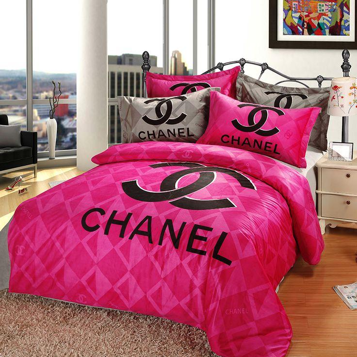 jador parure de lit chanel rose et gris. Black Bedroom Furniture Sets. Home Design Ideas