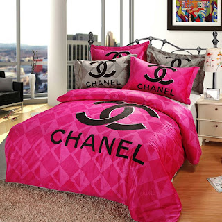 jador parure de lit chanel rose et gris. Black Bedroom Furniture Sets. Home Design Ideas