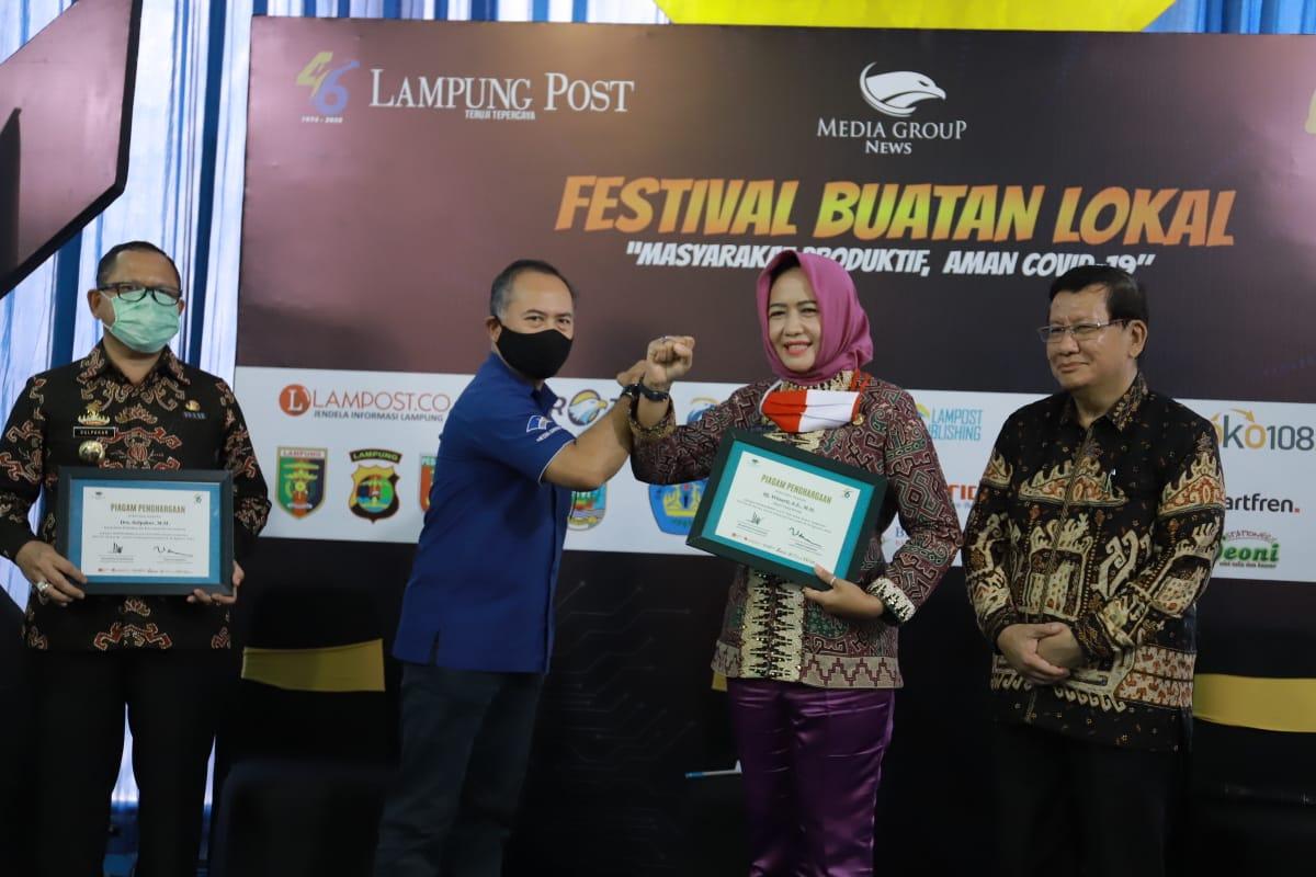 Bupati Tulang Bawang Hj. Winarti SE MH, menjadi narasumber talkshow di Hari Ulang Tahun (HUT) ke-46 Lampung Post (Lampost)