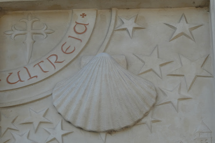 Pelgrimsgroet bij de Abbaye Saint-Louis-du-Temple in Limon