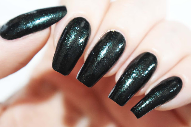 Wikkid Polish Gothic Collection Swatches Feronia