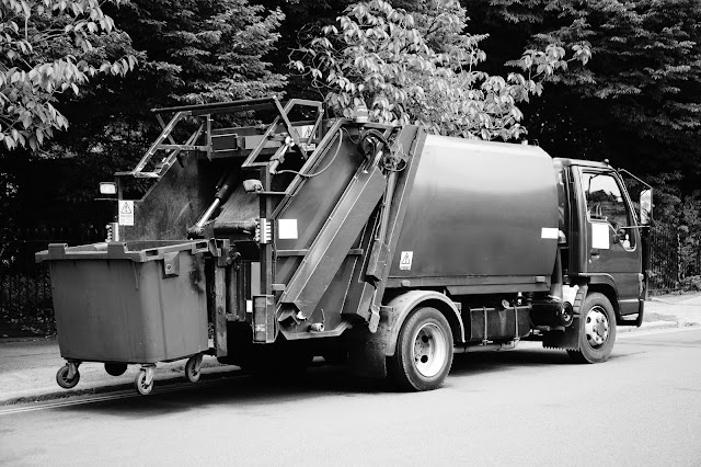 rubbish bin hire Melbourne, waste disposal service
