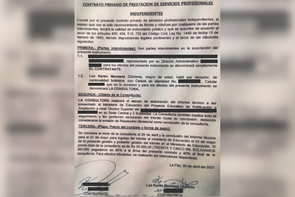 Contrato firmado entre el instituto de inglés y la exfuncionaria del Ministerio / RRSS